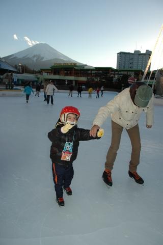 20101223.skating2.jpg