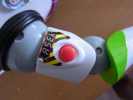 20110302.buzz shape costume4.jpg