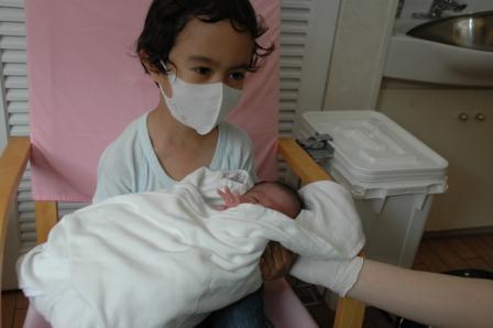 201105608.baby buzz1.jpg