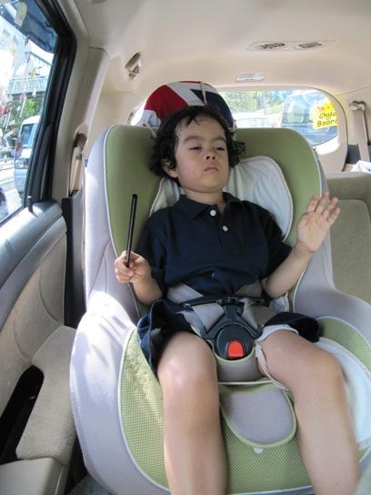 20100906.conducting in a car 2.jpg