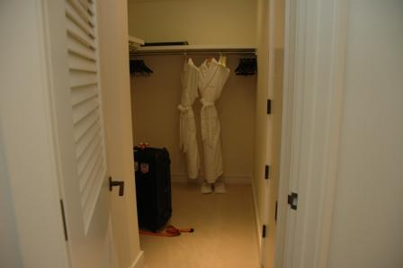 20110217.trump hotel10.jpg