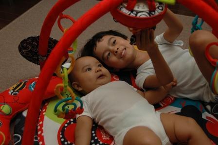 20111106.Taro and Jiro.jpg
